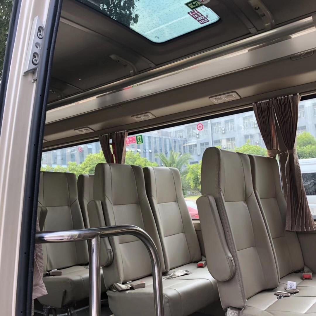 车秘书租车:上海大巴租赁价格。